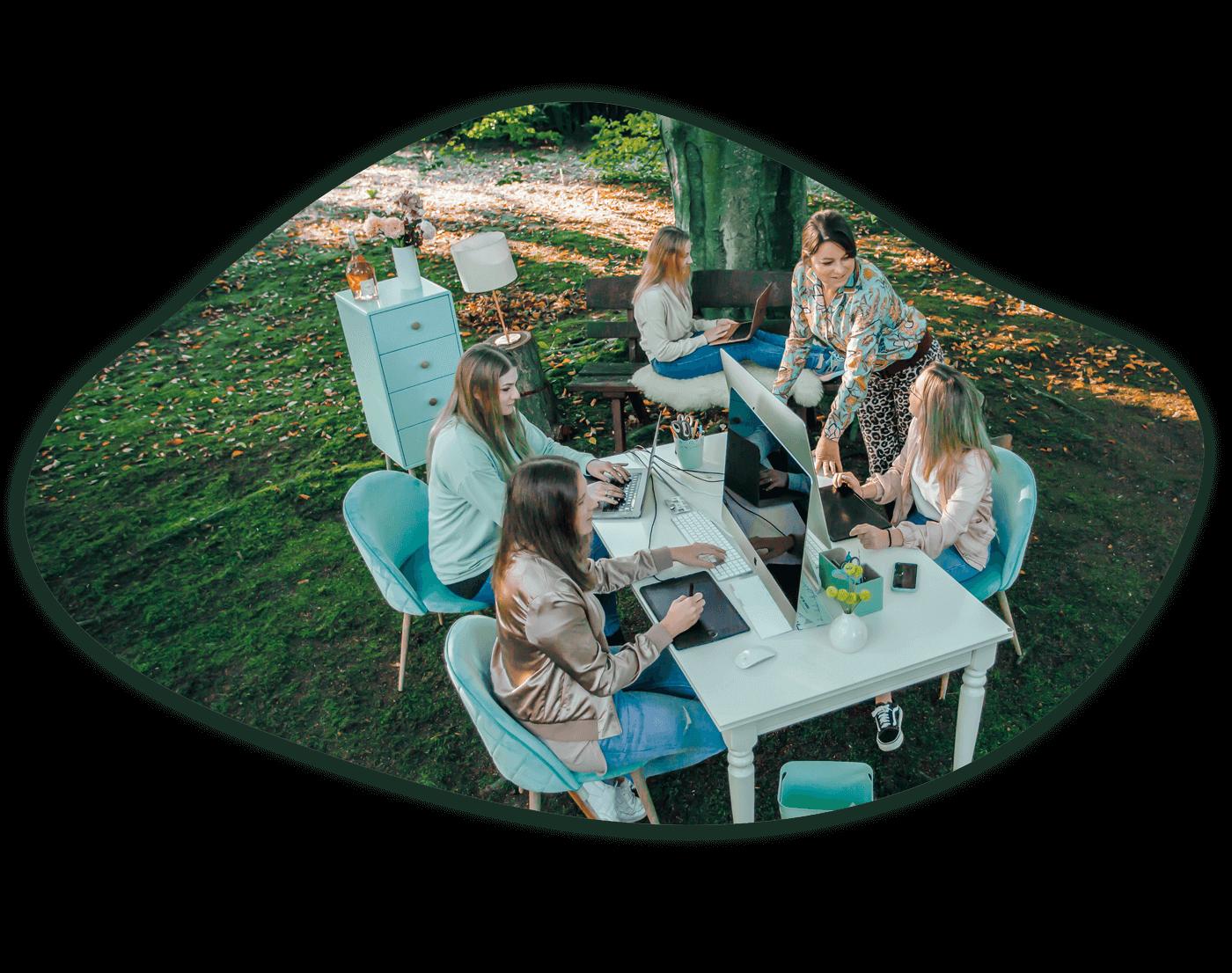 BrandGarden by Mit-Schmidt Team Agentur Mitarbeiter Garten Marketing Design PR